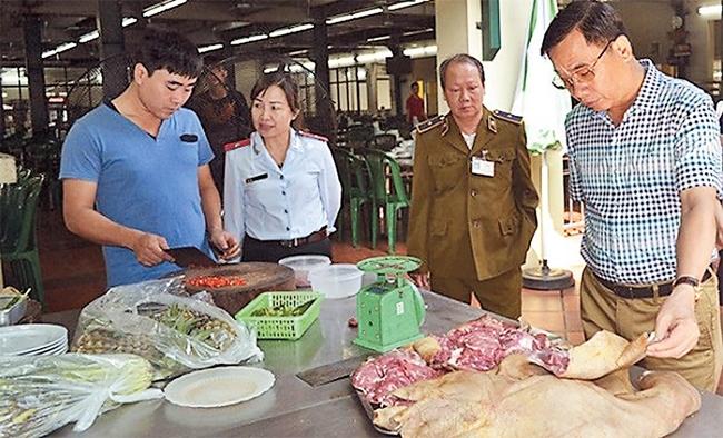 Kiểm soát chặt sử dụng phụ gia thực phẩm