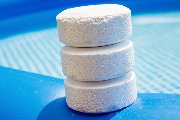 Các hóa chất xử lý nước hồ bơi - Chlorine