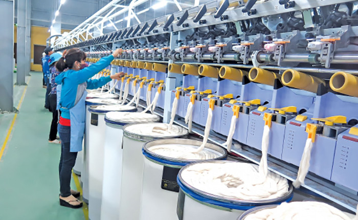 Hóa chất dệt nhuộm là gì? Top 5 loại phổ biến nhất hiện nay