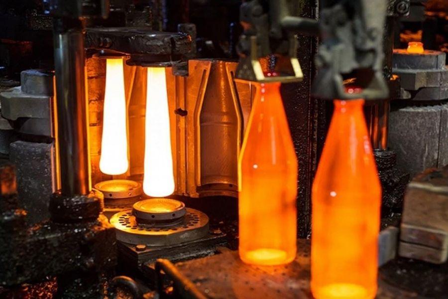 Natri Sunfat là phụ gia trong sản xuất thủy tinh