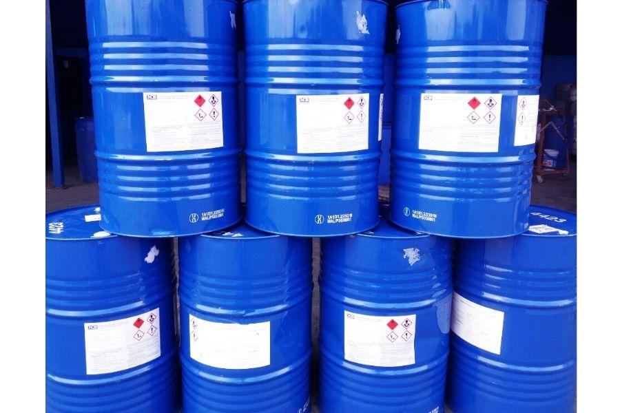 Methanol đóng thùng